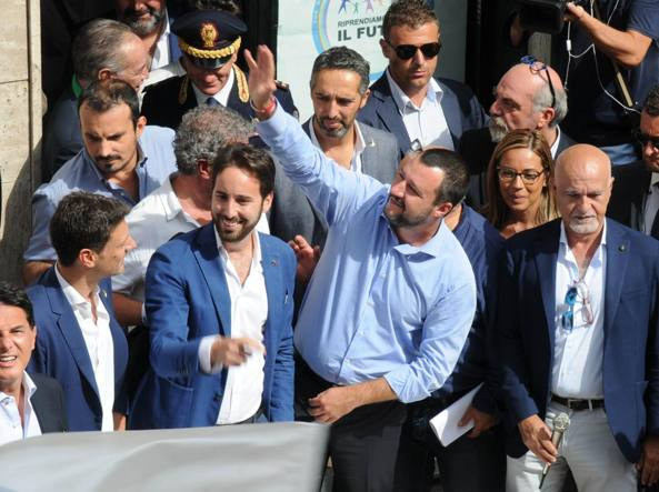 Com'è andata la visita di Matteo Salvini a Bari