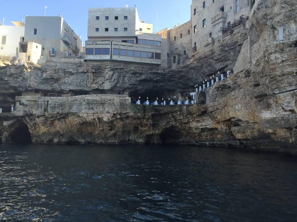Polignano a mare una perla sulle rocce - Ristorante specchia polignano ...