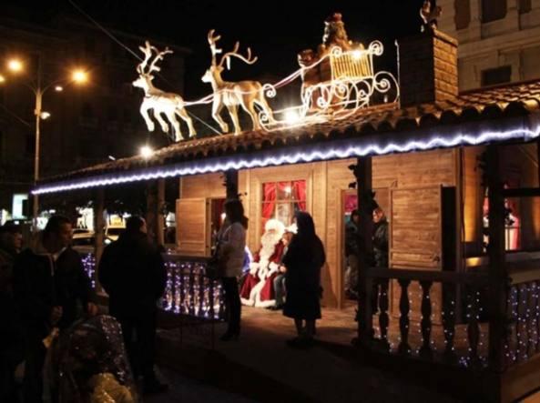 Immagini Del Villaggio Di Babbo Natale.Maltempo Rinviata L Inaugurazione Della Casa Di Babbo