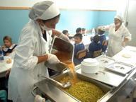 A Chiaia scuole rimaste senza mensa chiudono prima