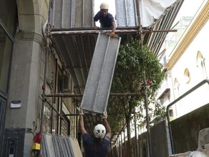 2beec4627c Il Comune ha chiesto relazioni sulla condizioni dei fabbricati della zona  Residenti e commercianti: «Paura anche di passeggiare» di E. Iadanza