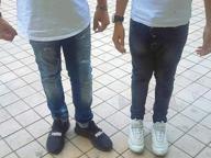 Jeans strappati, via dalla scuola. La mamma: «Ora denuncio»